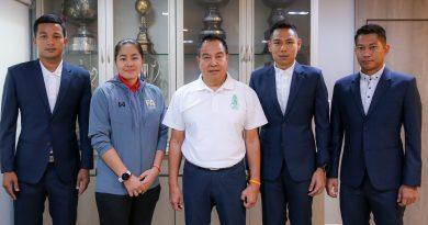 นายกสมาคมฯ ให้โอวาท 3 ผู้ตัดสินไทย เตรียมเดินทางไปทำหน้าที่ในเอเอฟซี แชมเปี้ยนส์ลีก 2019